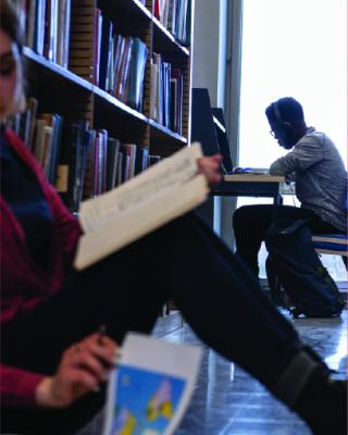 Image of CMU students in library.